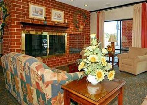 comfort inn essington essington hotel comfort inn essington philadelphia