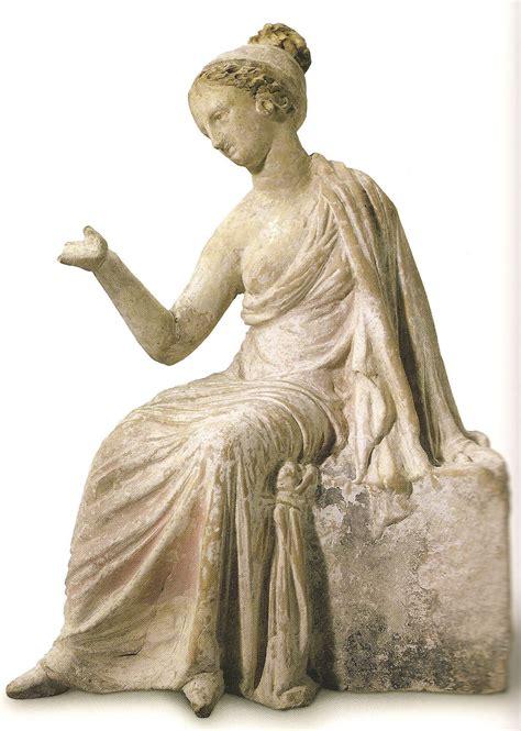 imagenes antiguas de esculturas gallery moda y vestimenta de la antigua grecia mostrada en la escultura moda griega la