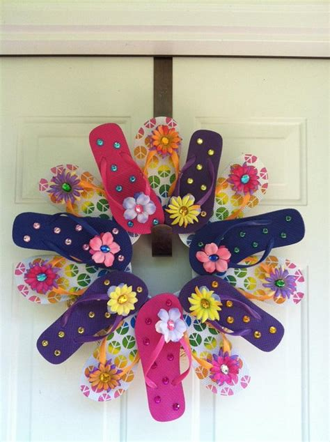 decorating a wreath ideas 10 diy flip flop wreath decorating ideas hative