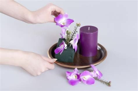 Light Bedroom Colors diy easter table decorations original flower centerpieces