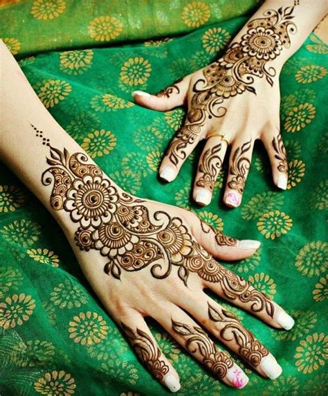 henna tattoo haram 25 best ideas about traditional mehndi designs on