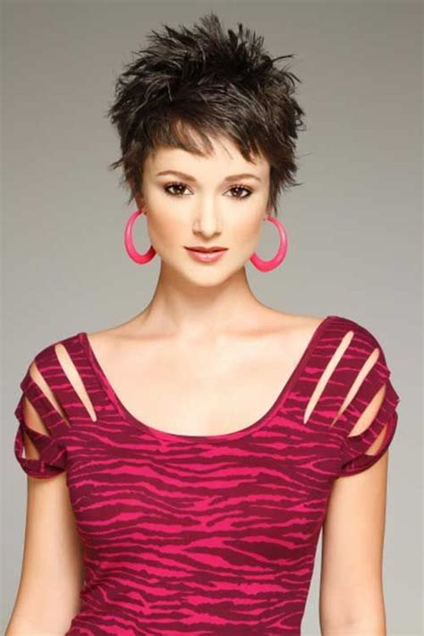 woman short hair cut with a defined point in the back 25 best ideas about short spiky hairstyles on pinterest