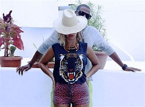 cutesy moments beyonce shares photos of z and blue