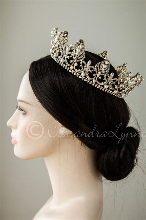 how to do full crown hairstyles best 25 wedding hairstyles with crown ideas on pinterest