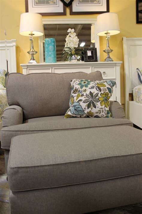 hariston sofa and loveseat 1000 images about top pinned rooms on