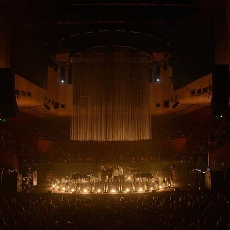 hot tea x bon iver sydney opera house 171 arrested motion
