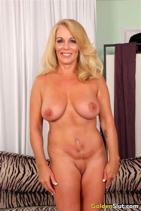 Canadian Big Tit Blonde Mom Xxx Dessert Picture 9