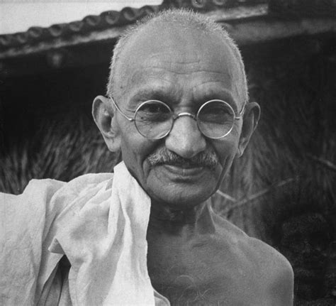 mahatma gandhi biography mohandas karamchand gandhi tess0507english