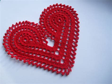 crochet valentines day crochet large doily decoration or applique