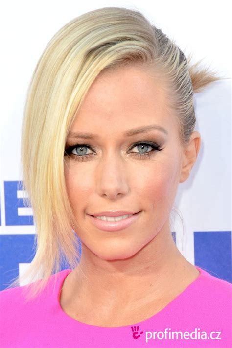 kendra wilkinson tattoos kendra wilkinson 2018 husband tattoos
