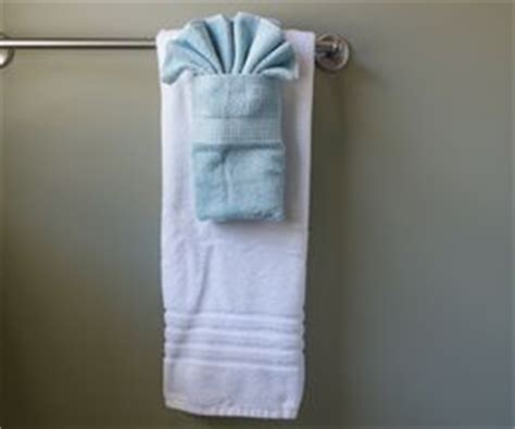 how to fold bathroom towels decoratively how to hang bathroom towels decoratively
