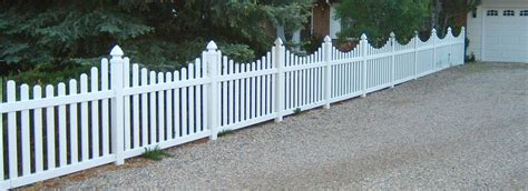 Ranch Home Design Earth Green Fence Fence Vinyl Fence Fencing Materials
