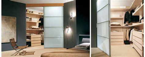 vendita cabine armadio pi 249 di 25 fantastiche idee su armadio angolare su