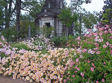Garden Oakland gardens oakland cemetery
