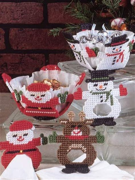 164 best images about free holiday plastic canvas patterns