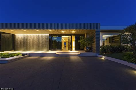 markus persson house beyonce and jay z outbid on 70m beverly hills mansion by