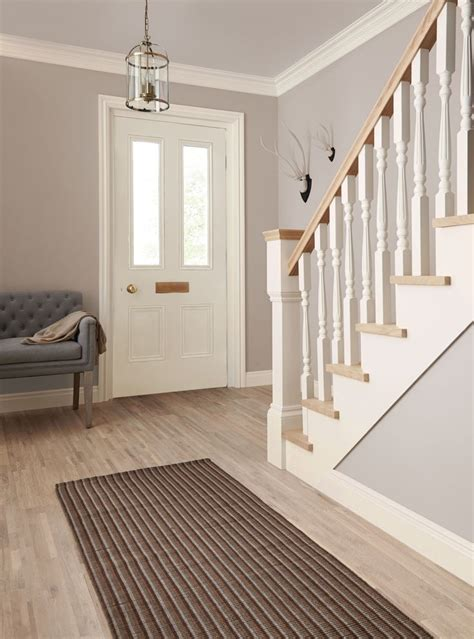 hall paint ideas best 25 hallway paint ideas on pinterest hallway paint