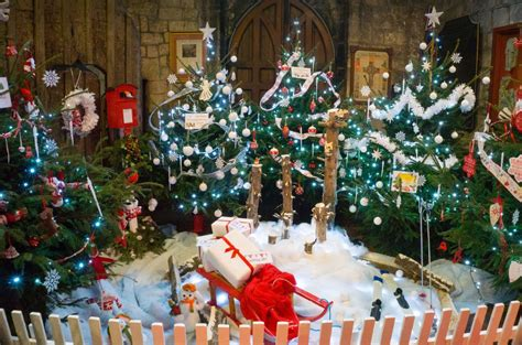 Themed Decorated Christmas Trees - christmas tree festival delights once again hu12 online