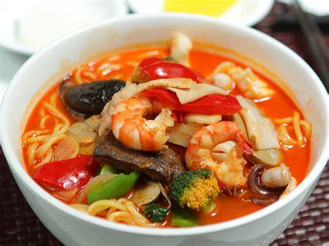 pecinta kuliner pedas wajib coba makanan super pedas