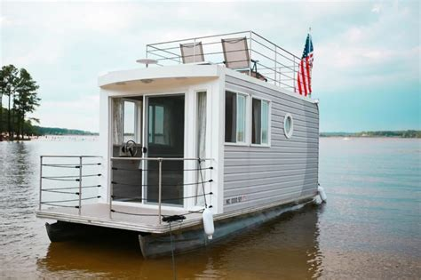 airbnb houseboats airbnb houseboats where you can sleep on the water