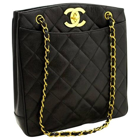 chanel caviar gold chain shoulder bag black quilted