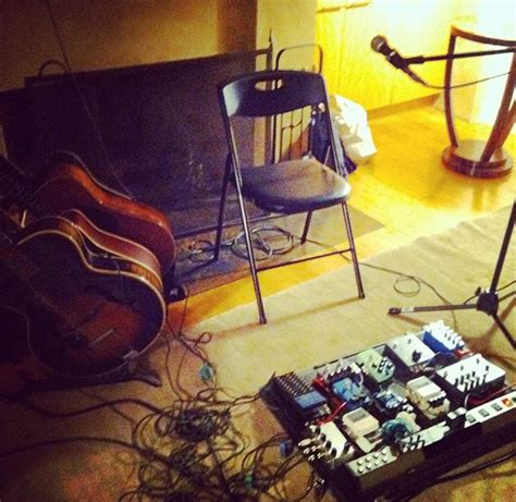 Califone Living Room Tour by Shows Califone