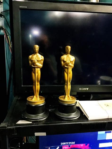 How To Make An Oscar Trophy Out Of Paper - academy awards 2015 10 facts and trivia about the oscars