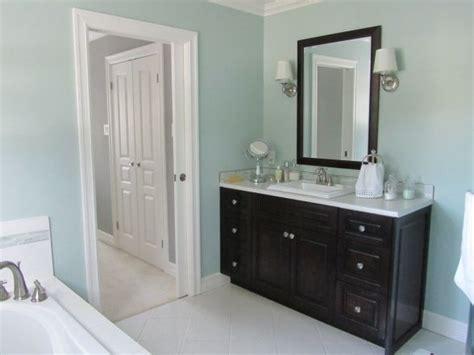 pale blue bathrooms 1000 images about blue bathroom on pinterest contemporary bathrooms master bath