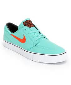 mint colored nikes nike sb zoom stefan janoski mint light crimson