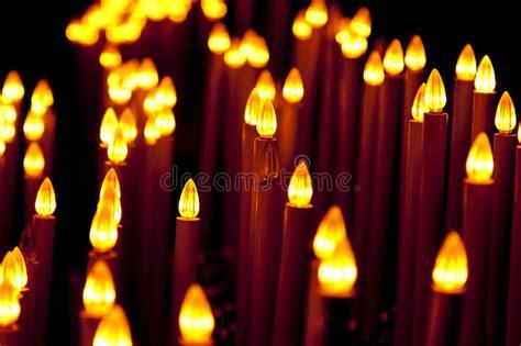 candele elettriche una composizione delle candele elettriche fotografia stock