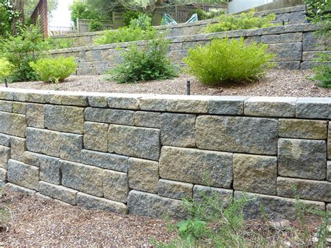 Paving Stones For Walls Calstone Paving Driveway Pavers Retaining Wall