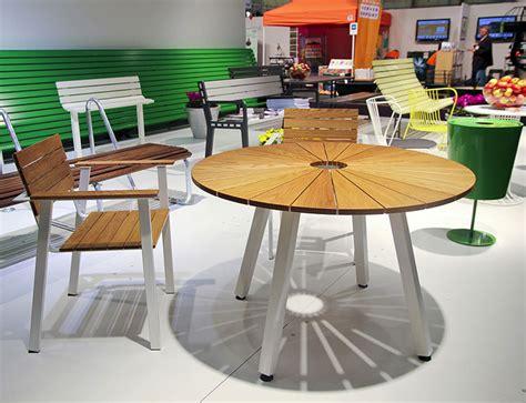 set tavolo giardino set tavolo e sedie da giardino dal design particolare