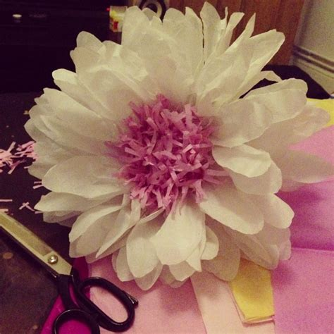 How To Make Big Flowers Out Of Tissue Paper - tissue paper flower theme in