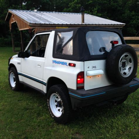 how cars engines work 1994 geo tracker navigation system 1994 geo tracker 4x4 automatic a c low mileage survivor for sale photos technical