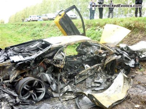 Lamborghini Wrecked Lamborghini Murcielago Lp640 Burns To The Ground After