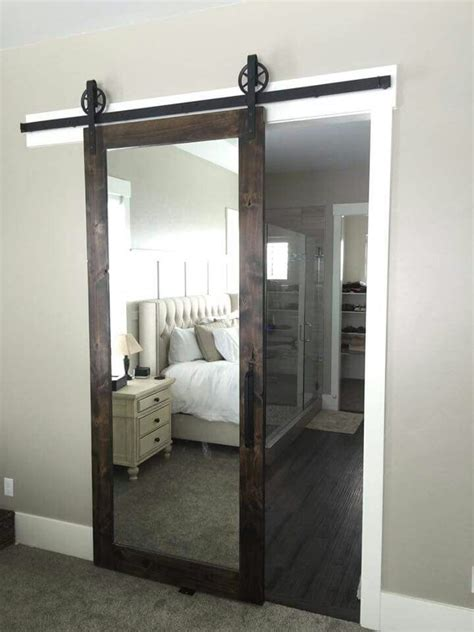 mirrored bathroom door 25 best ideas about master bedroom bathroom on pinterest