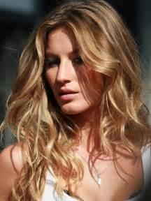 gisele bundchen hair color this quot it quot factor how to get gisele bundchen beachy hair