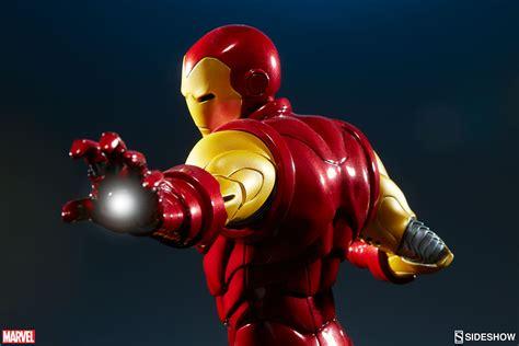 Mainan Heroes Assemle Captain America Iron assemble iron statue