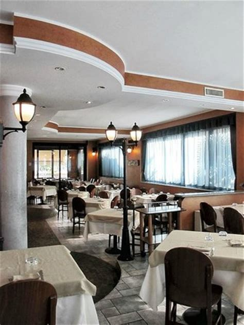 veneto novara restaurant pizzeria via veneto oleggio omd 246