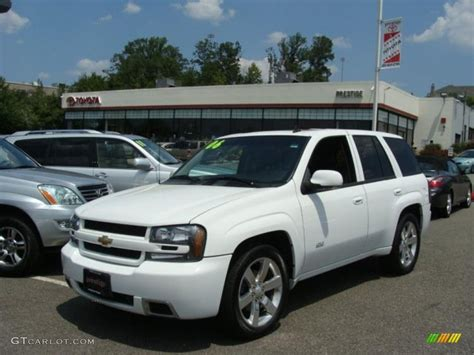 chevrolet trailblazer white 2006 summit white chevrolet trailblazer ss awd 32466779
