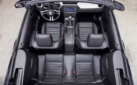 ford mustang convertible back seat space 2012 mustang interior smalltowndjs
