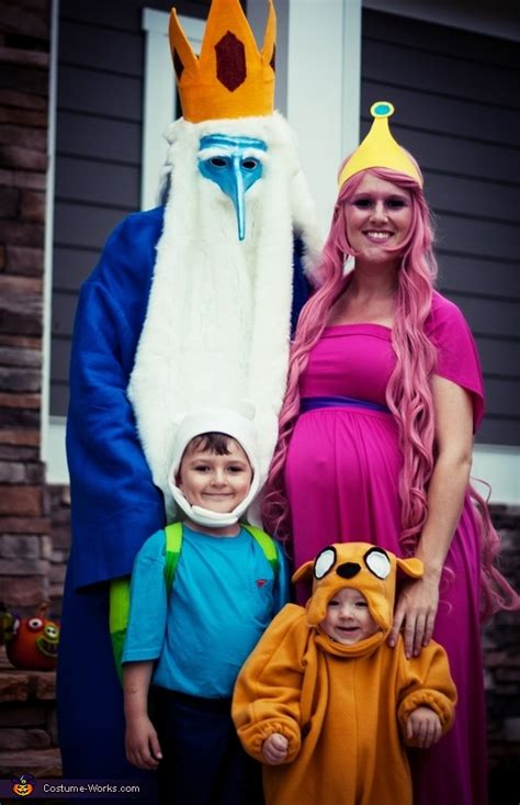 halloween costumes  pregnant moms babypreppingcom