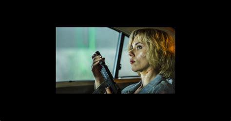 film lucy box office box office quot lucy quot r 233 siste 224 quot expendables 3 quot et quot nos