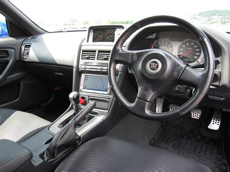 nissan skyline r34 interior