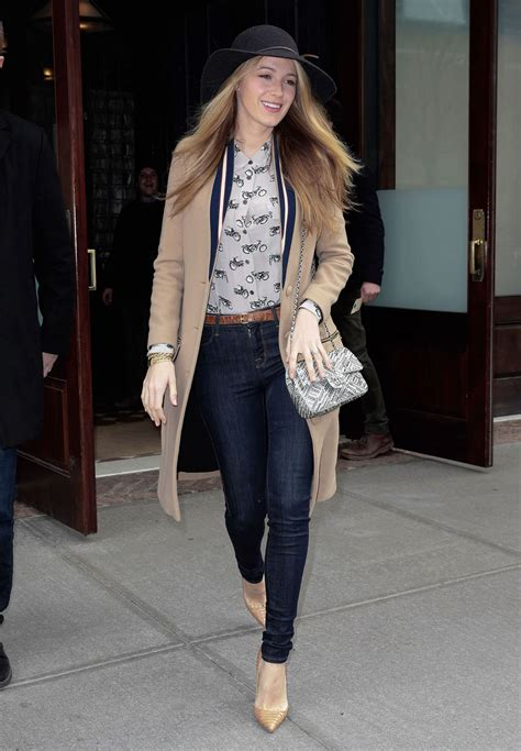Style Lively lively casual style leaving hotel in new york