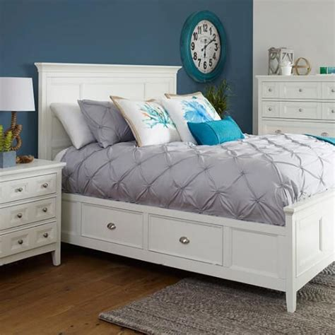 urban barn bedroom furniture 1000 images about aquamarine on pinterest maya