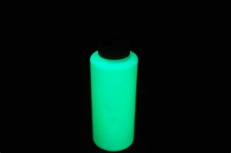 acrylic paint glow in the 2oz acrylic luminous green glow in the paint