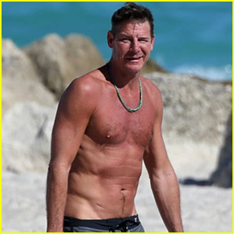 what is ty pennington doing now extreme makeover s ty pennington goes shirtless puts