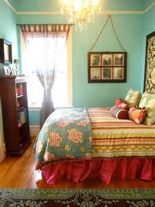 colorful beds 69 colorful bedroom design ideas digsdigs