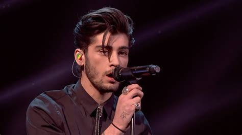 Hawaiian Carpet One by Zayn Malik Officially Quits One Direction Hollywire